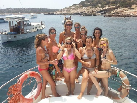 boat for hen party ibiza